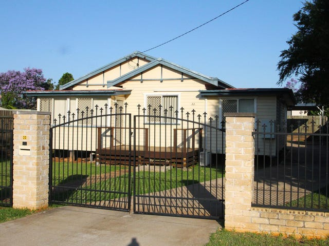 22 Merritt Street, Harristown, Qld 4350
