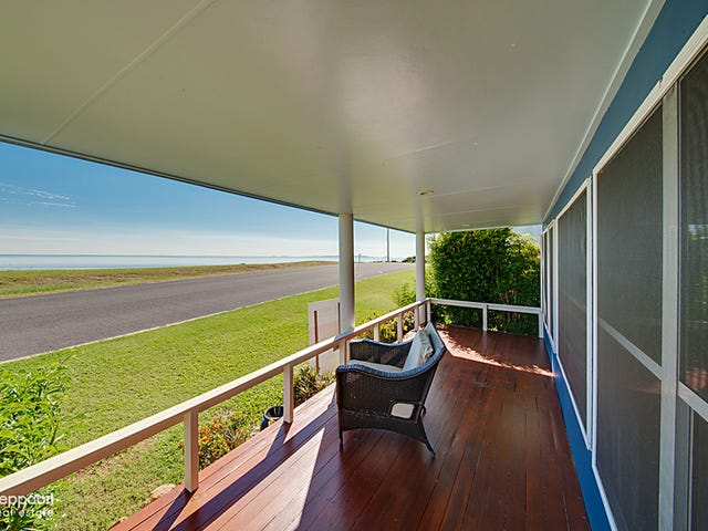 42 Ocean Parade, Cooee Bay, Qld 4703