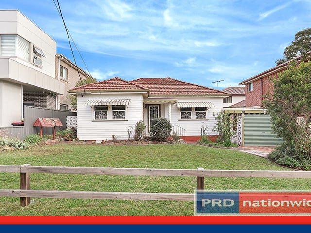 40 Victor Avenue, Picnic Point, NSW 2213