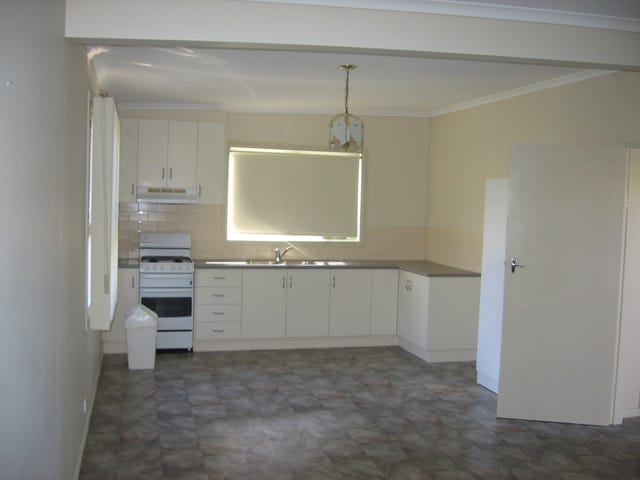 16a St Albans Road,, East Geelong, Vic 3219