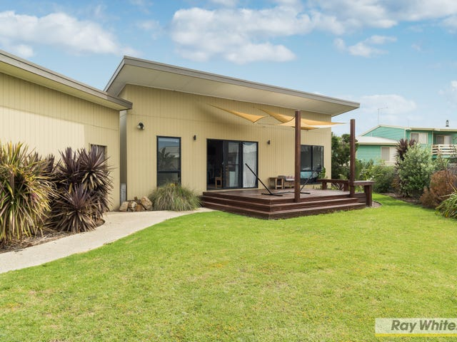 8 First Avenue, Cape Woolamai, Vic 3925