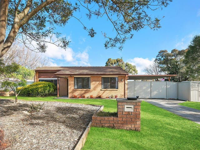 6 Henry Melville Crescent, Gilmore, ACT 2905