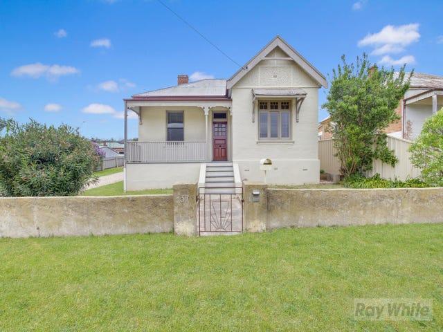 37 Emma Street, Goulburn, NSW 2580