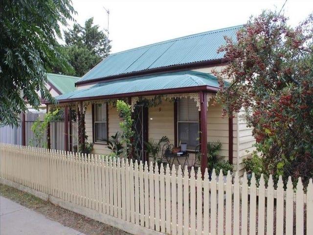 9 Carolin Street, Flora Hill, Vic 3550