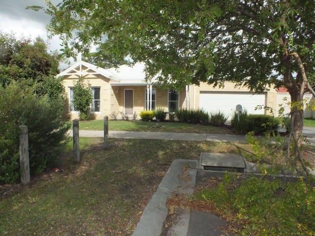 4 Cedar Lane, Pakenham, Vic 3810