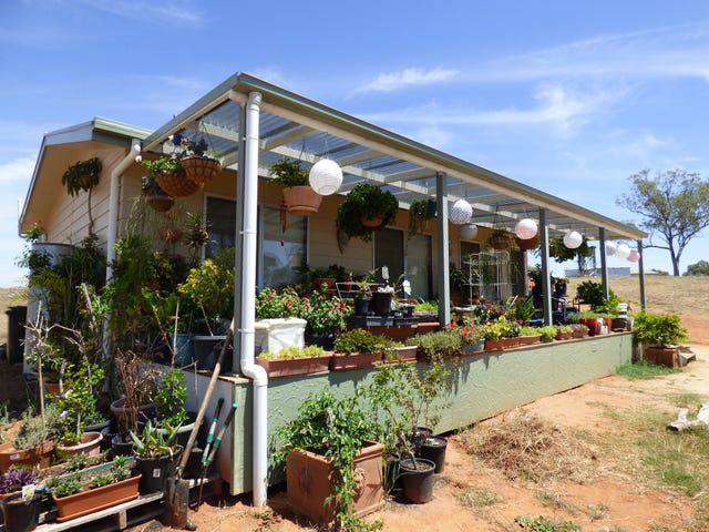 90 Roberts Road, Young, NSW 2594