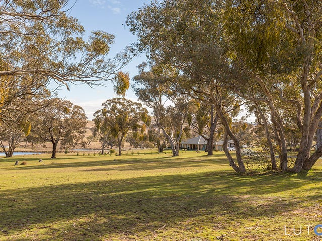33 Lever Place, Royalla, NSW 2620