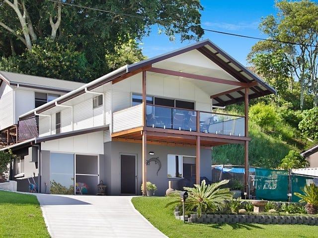 35 Bimbadeen Avenue, Banora Point, NSW 2486