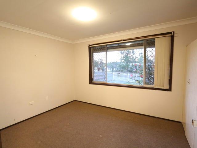 12 Scullin Place, Berkeley Vale, NSW 2261