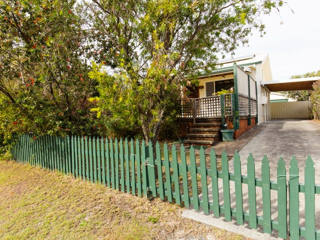26 Eagle Avenue, Hawks Nest, NSW 2324