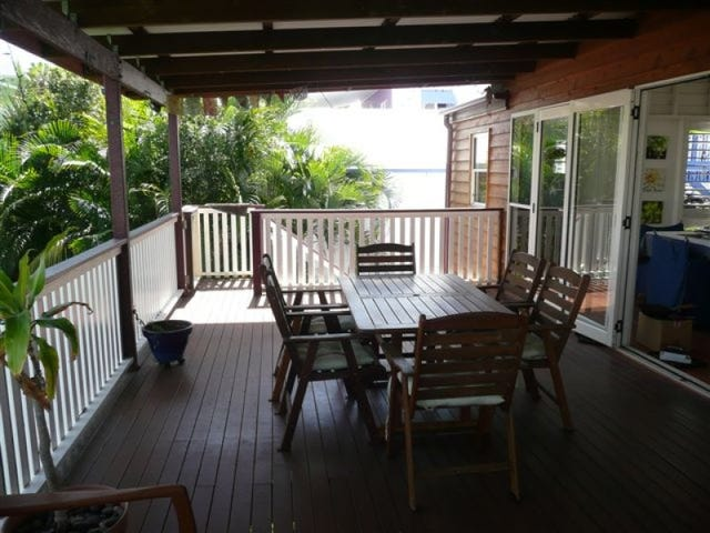16 Lord Street, Gladstone Central, Qld 4680