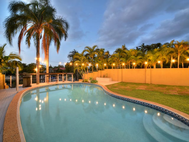 1 Sara Avenue, Broadbeach Waters, Qld 4218