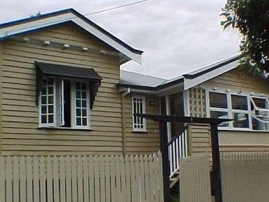 5 Heussler Terrace, Milton, Qld 4064