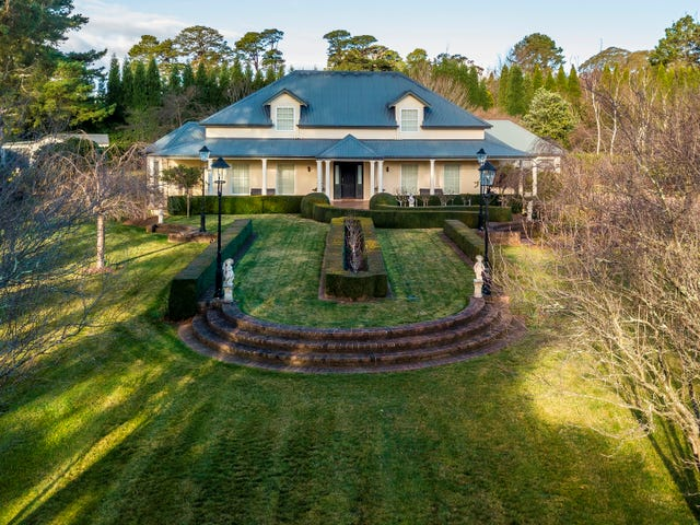 11 Patchway Place, Burradoo, NSW 2576