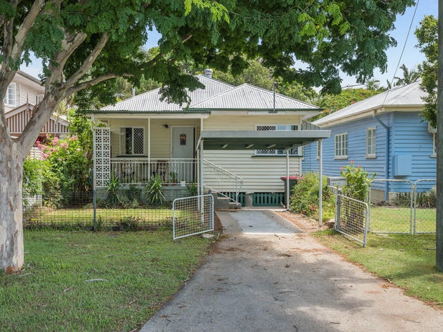 131 Palm Avenue, Shorncliffe, Qld 4017