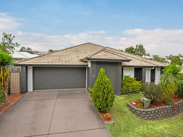 39 Creekside Drive, Springfield Lakes, Qld 4300