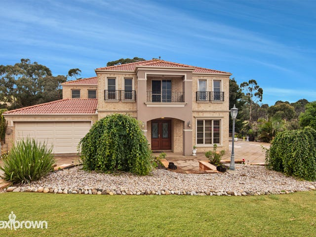 2 Aurina Drive, Hidden Valley, Vic 3756