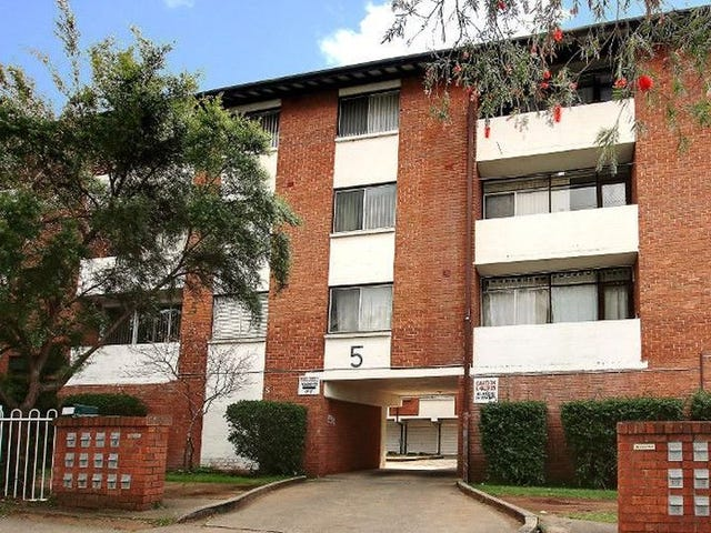 20/5 Lachlan St, Liverpool, NSW 2170