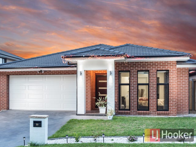 23 Sugarloaf Crescent, Colebee, NSW 2761