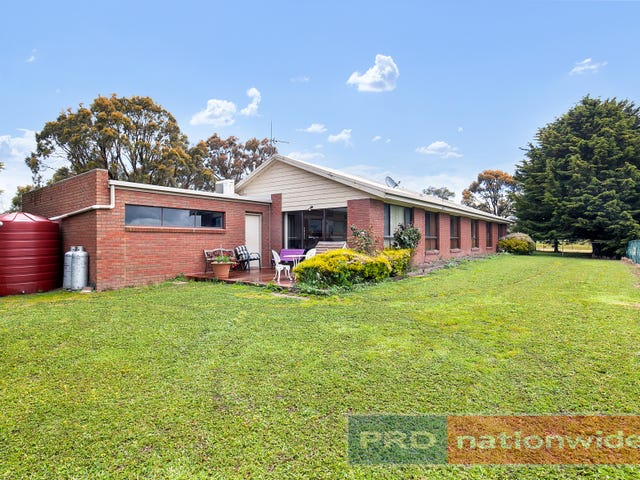 15 Watts Court, Ross Creek, Vic 3351