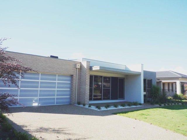 12 Greta Drive, Lavington, NSW 2641