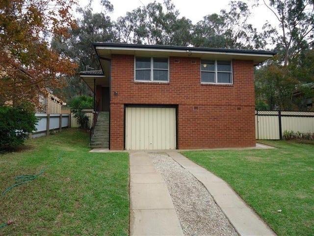 78 Warrawong St, Kooringal, NSW 2650
