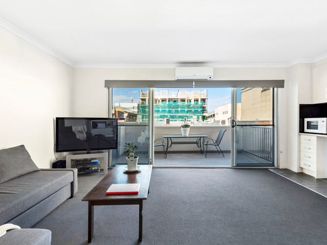 101/44 Beach Street, Frankston, Vic 3199