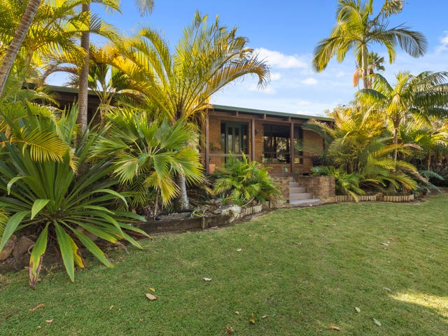 121 Lake Russell Drive, Emerald Beach, NSW 2456