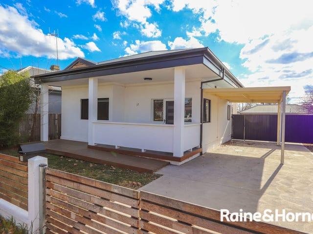 33 Stewart Street, Bathurst, NSW 2795