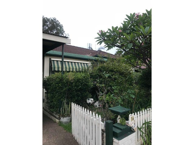 16 Mount Ousley Road, Mount Ousley, NSW 2519