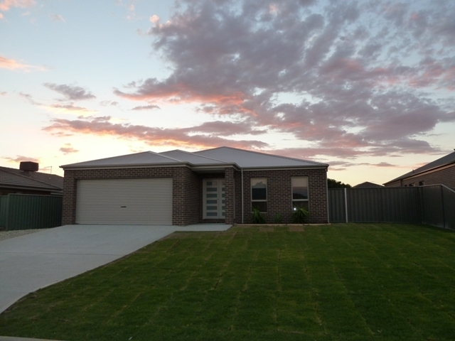 260 Rivergum Drive, Albury, NSW 2640