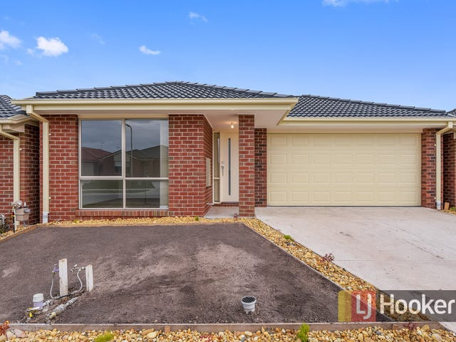 66 Pinnacle Drive, Pakenham, Vic 3810