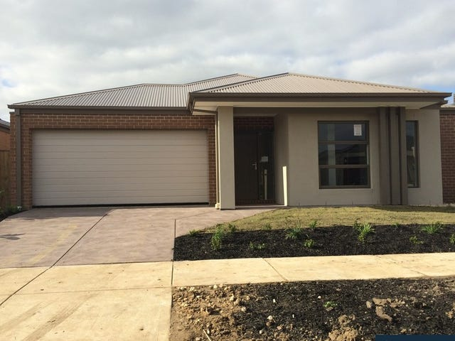 19 Brightstone Drive, Clyde North, Vic 3978