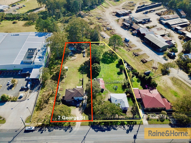 7 GEORGE STREET, Woodford, Qld 4514