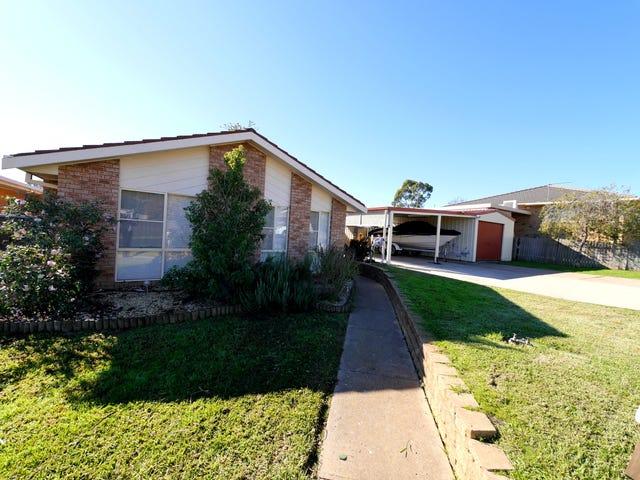 2 Echuca Place, Cowra, NSW 2794