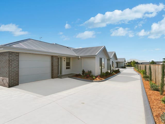 Units 2 and 3 / 69 McKeachie Drive, Aberglasslyn, NSW 2320