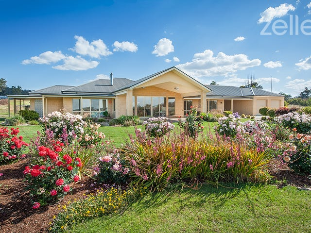 37 Alexandra Way, Table Top, NSW 2640