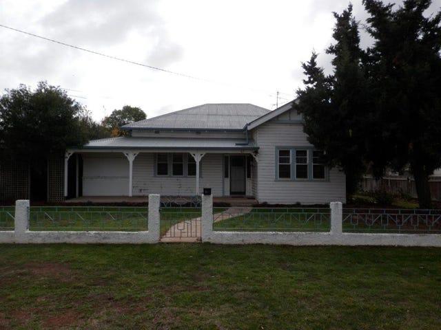 69 Drummond  Street, Lockhart, NSW 2656