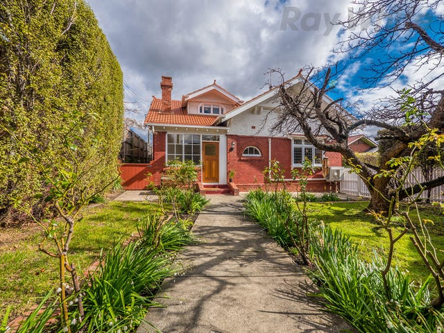2 Clare Street, New Town, Tas 7008