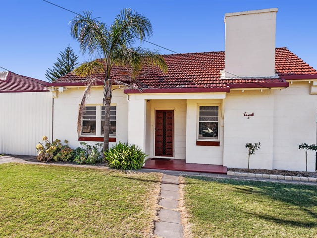 31 Balranald Avenue, Largs Bay, SA 5016