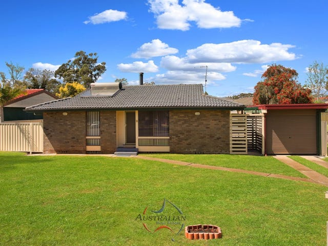 6 The Grandstand, St Clair, NSW 2759