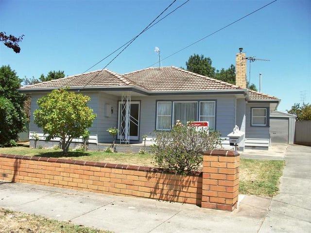 15 Pauls Crescent, Wendouree, Vic 3355