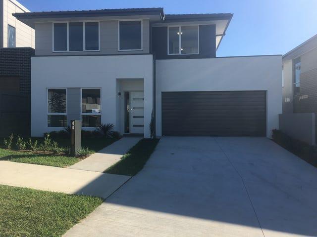 44 Hennessy Avenue, Moorebank, NSW 2170