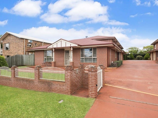 4/4 O'Quinn Street, Harristown, Qld 4350