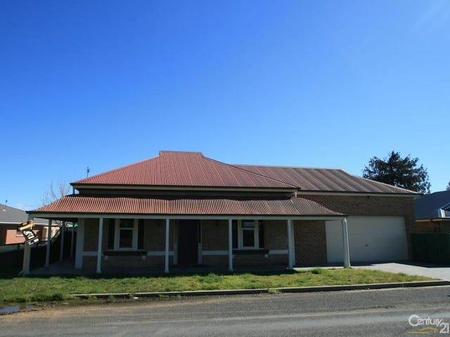 25  SPRING STREET, Spring Hill, NSW 2800