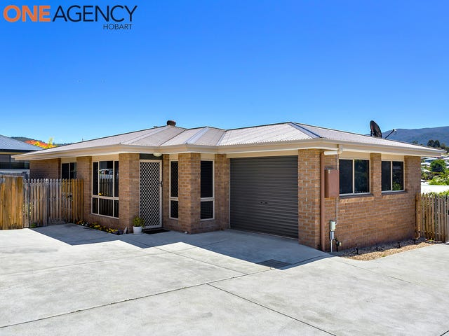 2/10 Queens Parade, Kingston, Tas 7050