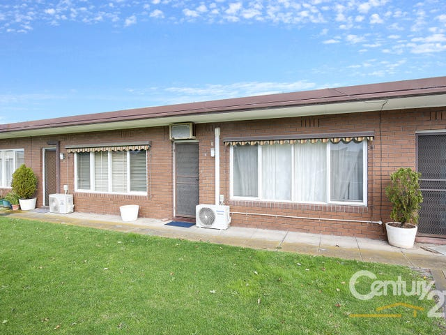 3 20 24 Noble Street Park Vic 3174