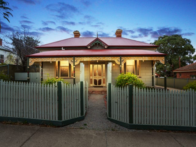 51 Russell Street, Quarry Hill, Vic 3550