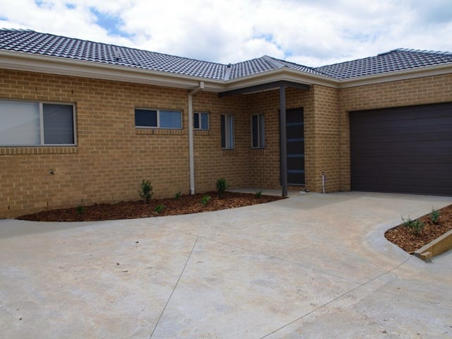 3/4 Waterway Crt, Kilmore, Vic 3764