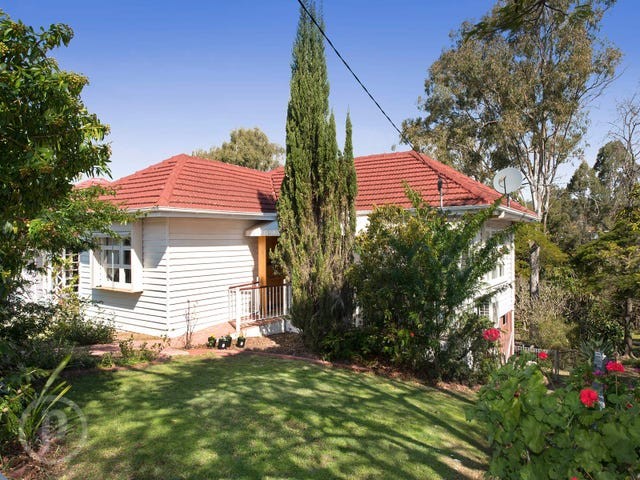 11 Napier Street, Carina Heights, Qld 4152